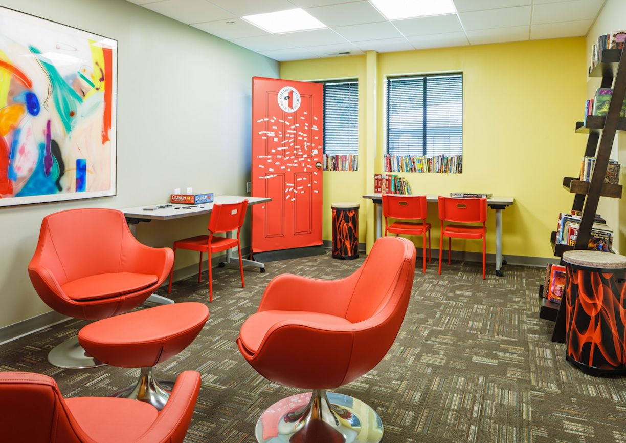 Gilda's Club Twin Cities fun room by Christine Frisk of InUnison Design