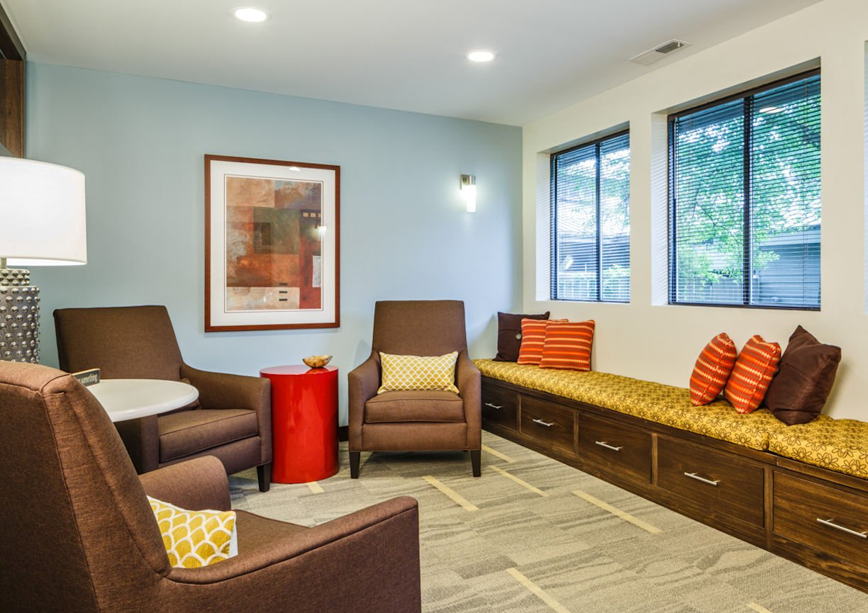 Gilda's Club Twin Cities lounge by Christine Frisk of InUnison Design