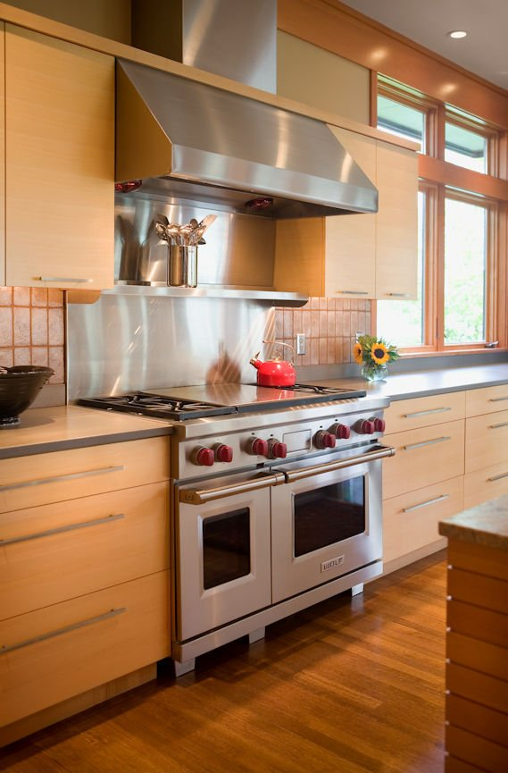 stovetop detail in Lake Minnetonka Peninsula home with interior design by InUnison Design