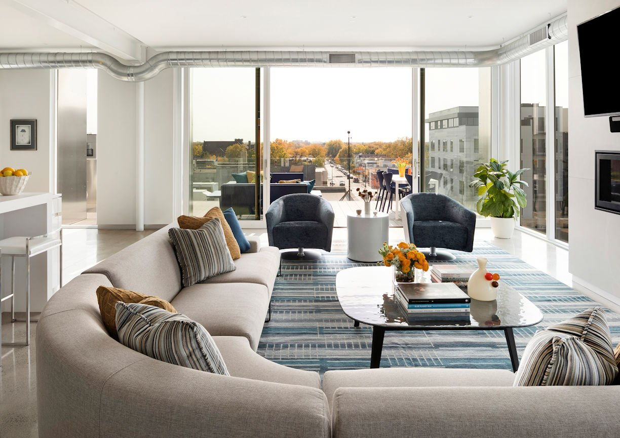living room in Rooftop Residence by InUnison Design and Christine Frisk