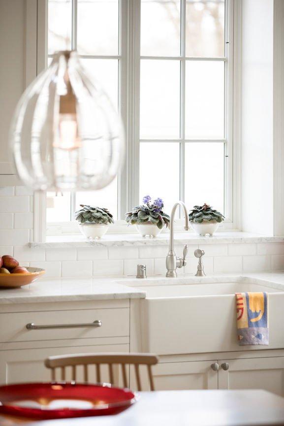 Scandinavian Urban Garden kitchen lighting by InUnison Design